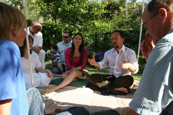 apr-7-2012-spring-garden-party-2-103