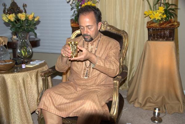 apr-6-2012-darshan-062