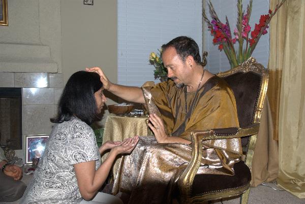 may-12-2012-darshan-at-42-la-serra-020
