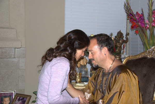 may-12-2012-darshan-at-42-la-serra-056